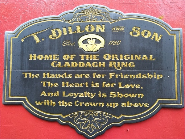 Claddaugh Galway Dillon Ring Souvenir Ireland