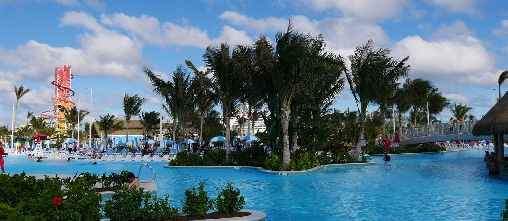 Oasis Lagoon Chill Island Cococay Pool Bahamas