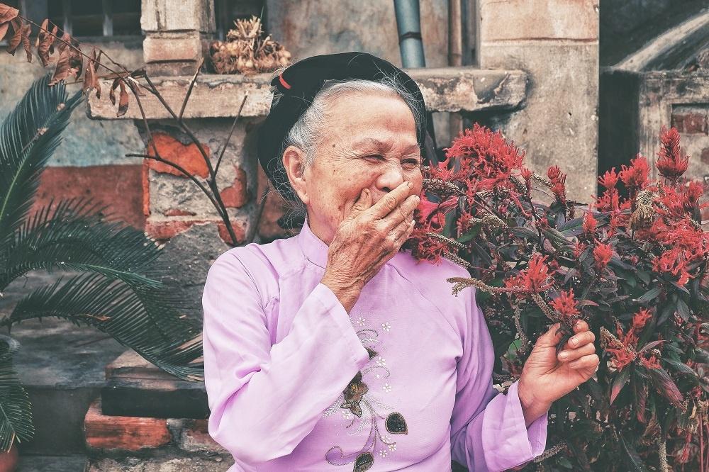 Woman Laughing Humor Happy 1