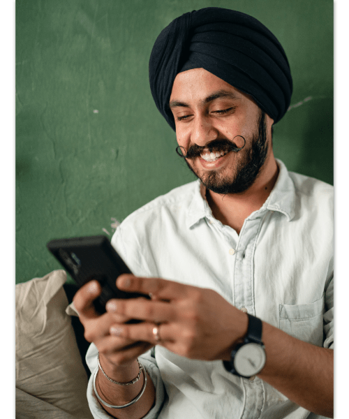 2020 11 Coopgraphics Texting
