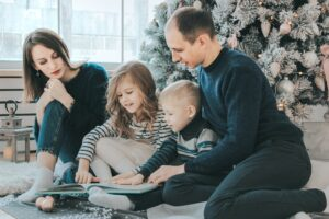 raising-children-love-travel-family planning-photo-album